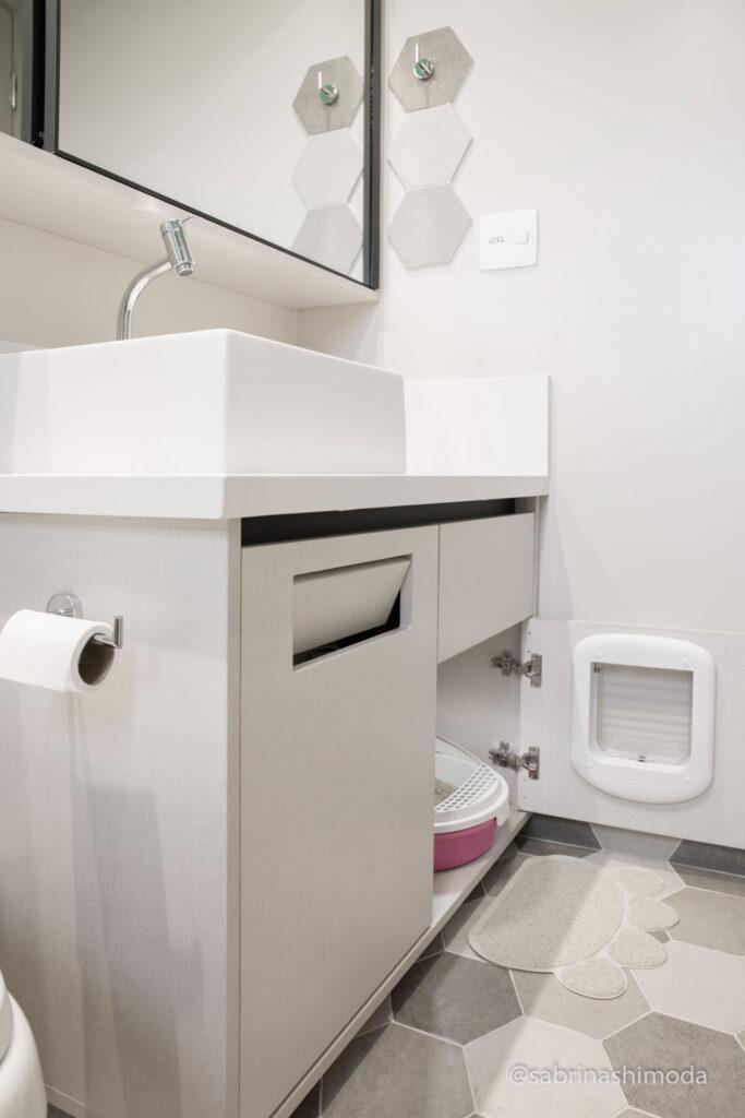Banheiro Suíte com banheirinho da Kitty