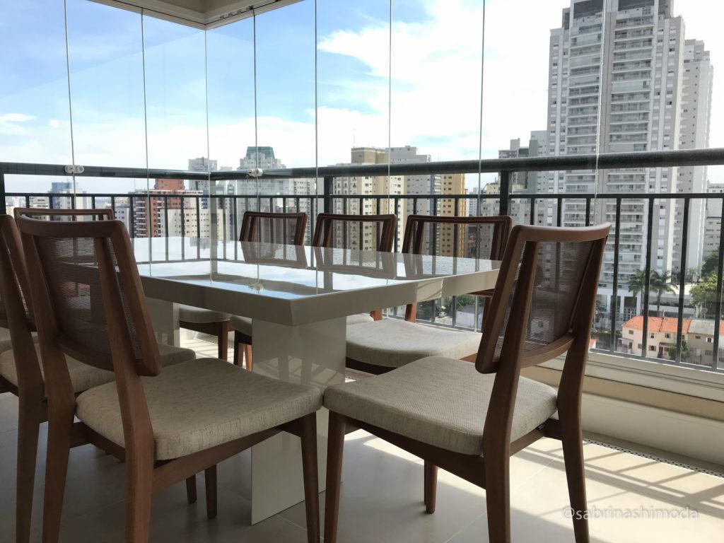 Terraço com Mesa de Jantar
